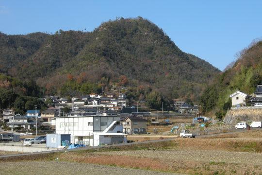 鷲尾山城 遠景