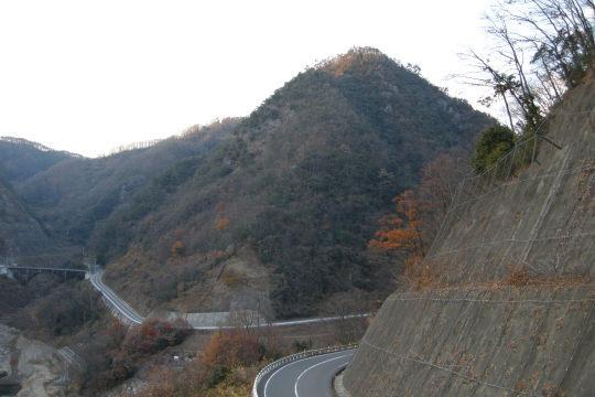志川滝山城 遠景