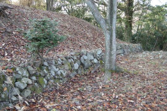 一乗山城 本丸の石垣