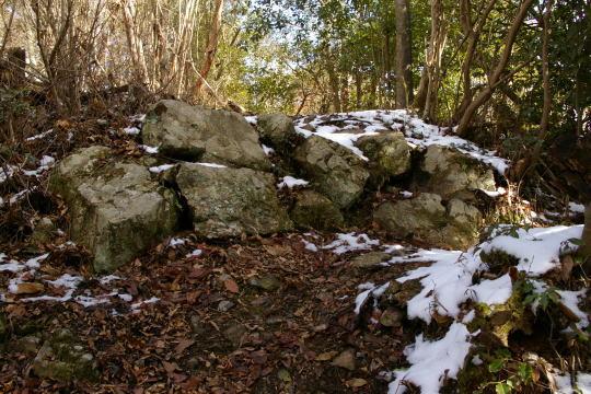 木の宗山城 堀切近くの石垣