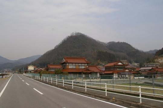 稲村山城 遠景