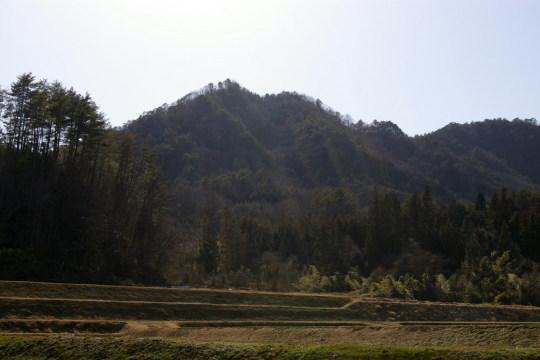 余谷城 遠景