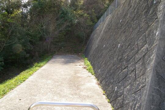 大町山城 登城の道